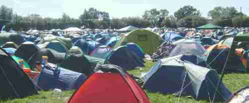 crowded_camping